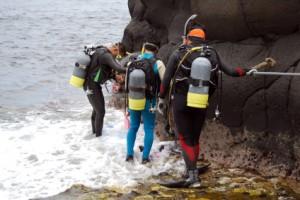 advanced scuba divers